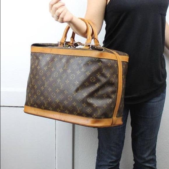 Louis Vuitton Handbags - Authentic Louis Vuitton monogram cruiser bag 09b8fe3df2